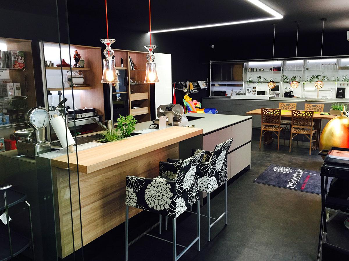 preloschnik k chenstudio schauraum 1060 wien. Black Bedroom Furniture Sets. Home Design Ideas