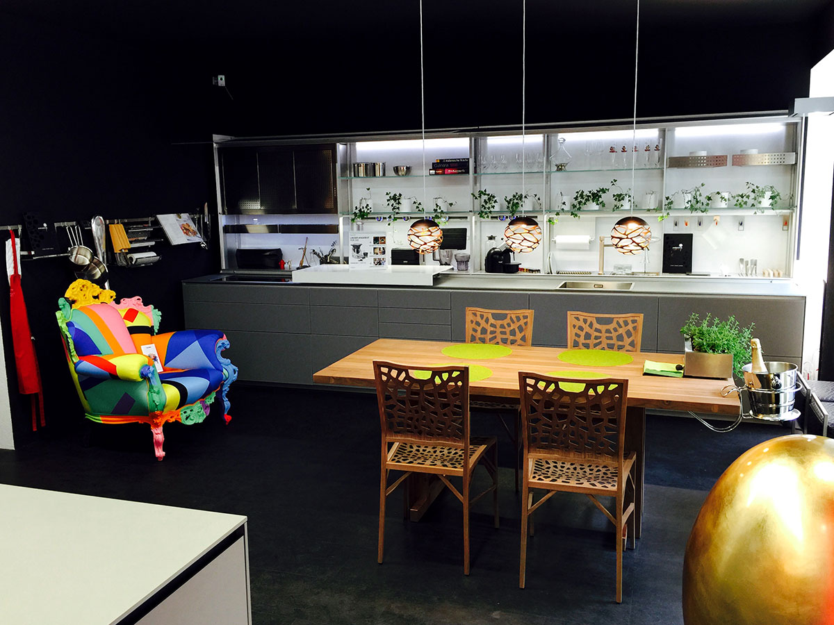 Küche Valcucine Artematica Corian / Sine Tempore / Gaggenau  Induktionskochfeld CI 409 112 / Geschirrspüler Gaggenau